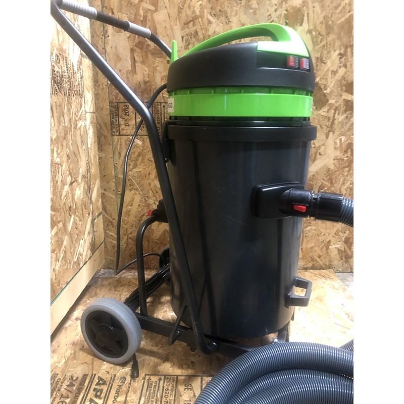 Vacuum 24ga 3 Motor Sideport with Standard Filter